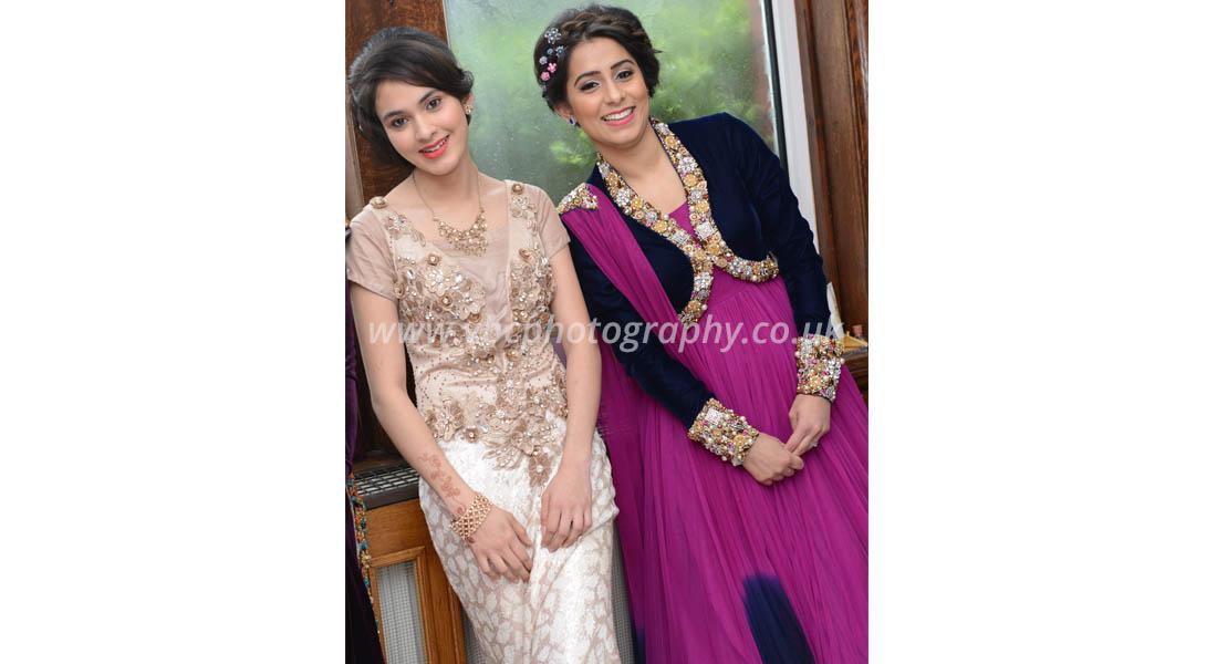 Asian Wedding Photography - Bride family